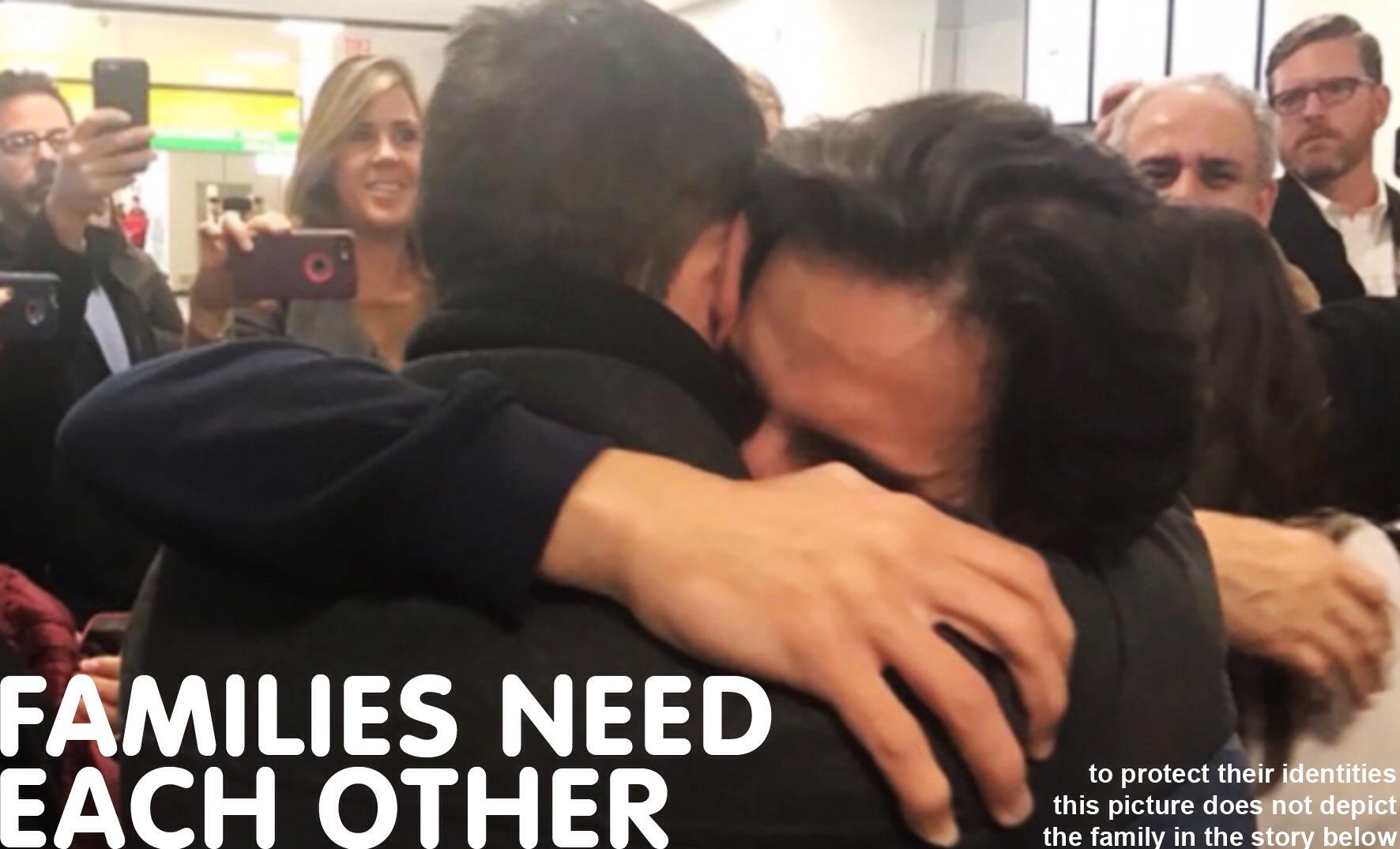 Reuniting Refugees : Stock image
